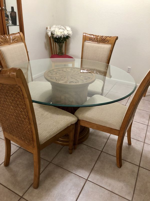 Tommy Bahama Dinning Table Naples Fl