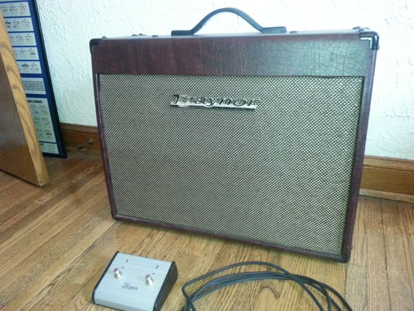 Traynor Ycv40WR tube guitar amp amplifier Fender for Sale in Minneapolis,  MN - OfferUp