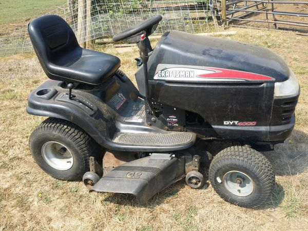 "Craftsman DYT4000 42"" Riding Lawn Mower with 20hp Kohler ..."