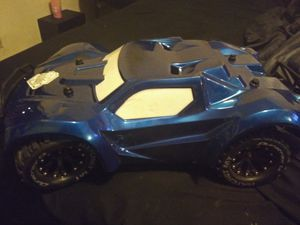 Traxxes 2wd rtr for Sale in San Diego, CA
