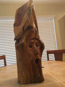Wooden bird house Thumbnail
