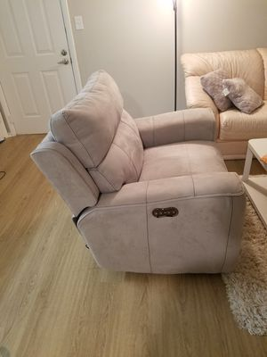 grey new recliner for Sale in Fairfax, VA
