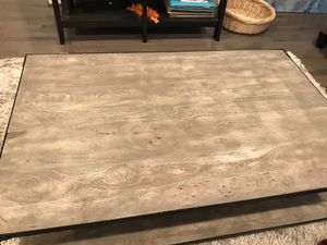 Wood Coffee Table for Sale in Washington, DC