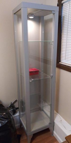 Photo Glass-door cabinet