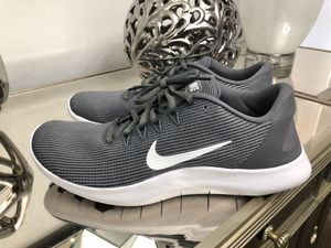 72c757b3ca0 Nike Flex 2018 RN Running Shoes Women s Size 12   10.5 Men s for Sale in  Laveen