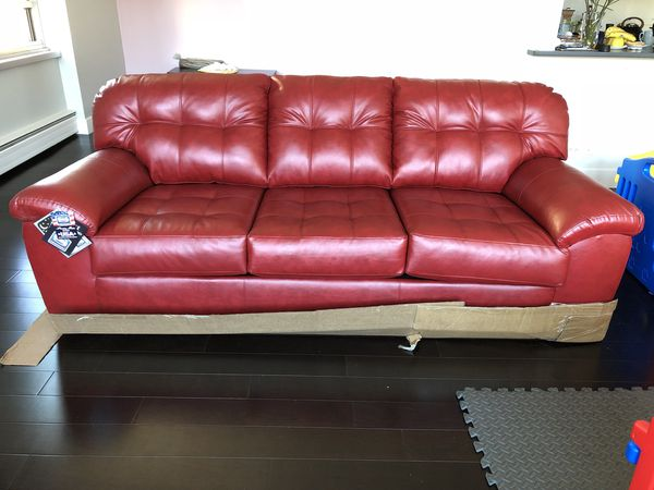 Simmons Upholstery David Queen Sleeper Sofa Couch (Furniture) in ...