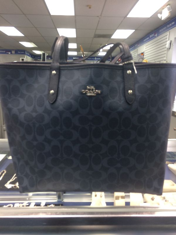 065ff93e49 Nice Navy Blue Coach Bag (Jewelry   Accessories) in Durham