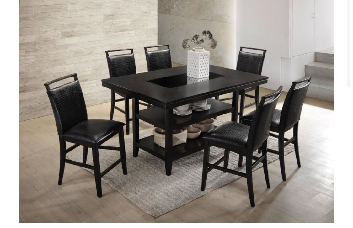 Counter Height Table & 6 Chairs