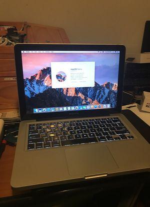 2011 - 13 inches MacBook Pro processor intel core i5 2.3GHz. 8 GB memory RAM. 250 GB hardrive for Sale in Boston, MA