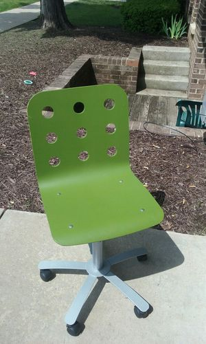 Green office chair for Sale in Gaithersburg, MD