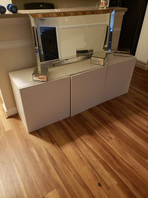 TV Stand perfect condition for Sale in Washington, DC