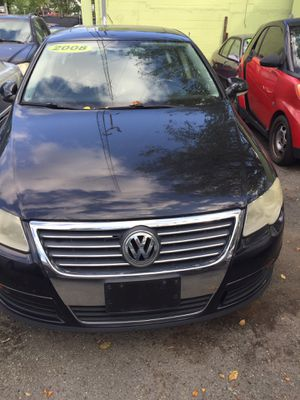 2012 Gorgeous Volkswagen Routan with Low Mileage for Sale in Mount Rainier, MD