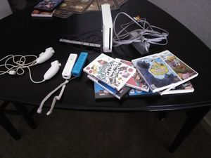 Nintendo Wii & 9 games. for Sale in Lorton, VA