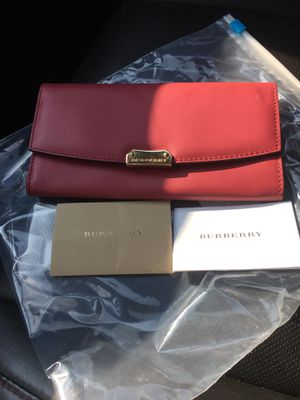 Authentic Burberry Wallet for Sale in Lovingston, VA