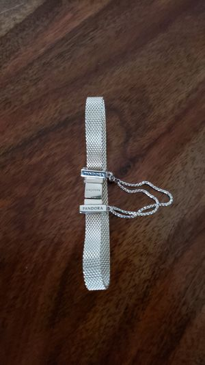 Photo Pandora bracelet whit pandora charms brend new never used