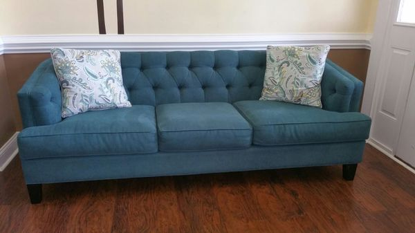 1 Rooms To Go Chicago Mermaid Sofa For Sale In Fayetteville NC