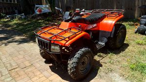 2002 Arctic Cat 300 2x4 Clean Title And Runs Great!! for Sale in St. Louis, MO