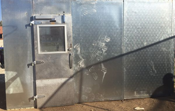 Used Walk In Coolers For Sale >> 14 6 X8 X8 Walk In Cooler For Sale In Victorville Ca Offerup