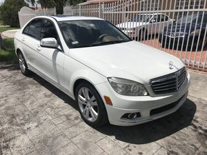 2008 (( MERCEDES C300 )) for Sale in Miami, FL