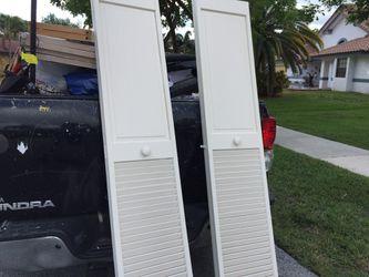 Bifold Closet Doors $25 ea Thumbnail