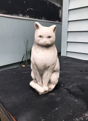 Stone cat outdoor yard statue for Sale in Orlando, FL