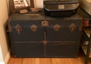 Antique trunk for Sale in Centreville, VA
