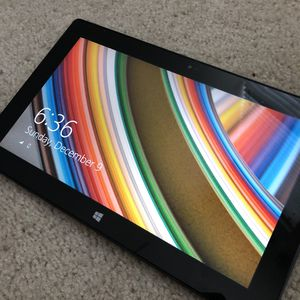 Tablet Microsoft surface rt 32gb. for Sale in Arlington, VA