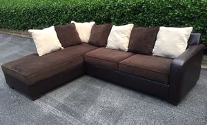 Sectional couch with free delivery for Sale in Germantown, MD