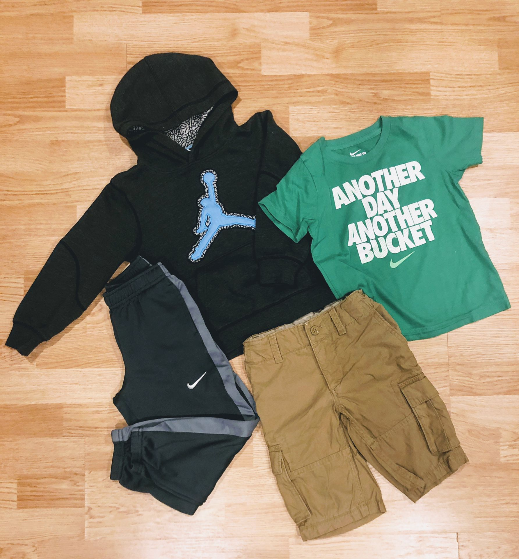 Fall outfit for boys (4 piece, size 5-7)