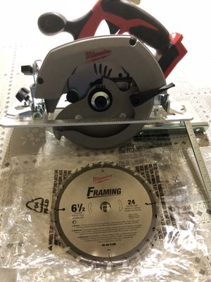 Milwaukee 2630-20 M18 Lithium-Ion 6-1/2 in. Circular Saw (Bare Tool) for Sale in Orlando, FL