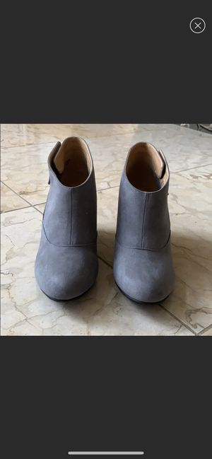 Photo CL by Laundry booties size 8.5