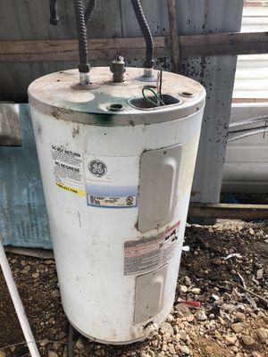 GE Water Heater for Sale in Jourdanton, TX