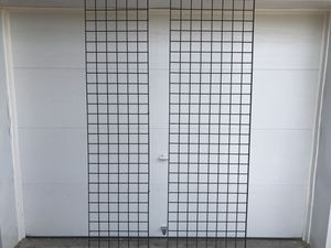 Coated Black Metal Grid Wall. for Sale in OH, US