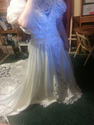 Ivory wedding dress for Sale in Dallas, TX