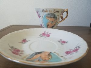 Vintage 1970s tea cup and saucer from 1970s for Sale in Covington, WA