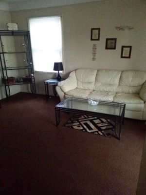 cream LEATHER COUCH PICK UP ONLY for Sale in Detroit, MI