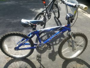 Next wipeout Blue 20 inch bike NEEDS CHAIN for Sale in Columbus, OH