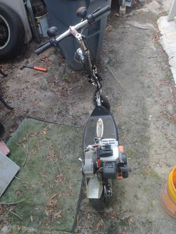 Go Ped...Needs Cleaned Carb..This Thing Does About 35-40 Mph Thumbnail