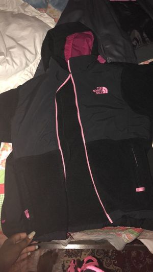 North face in great condition for Sale in Alexandria, VA