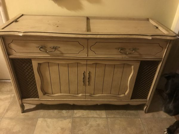 Magnavox console stereo for Sale in Hayward, CA - OfferUp