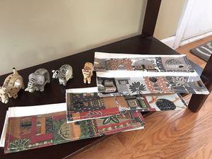 African napkins and napkins holder set ( safari animals) for Sale in Elgin, IL
