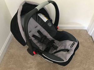 Graco Snugride 35 car seat, 2 bases, and stroller for Sale in Gainesville, VA