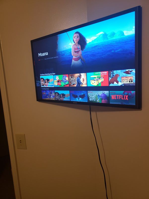 32 Inch Samsung Smart Tv With Original Box For Sale In Fort Belvoir