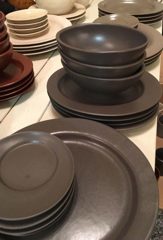 Huge Lot of Westbury Court Joseph Abboud Stoneware 4 colors ...
