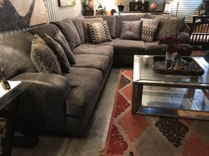 Nice GREY 2 piece sectional from Rooms To Go,2 YEARS OLD😍 for Sale in Raleigh, NC