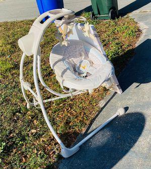 Photo Baby swing
