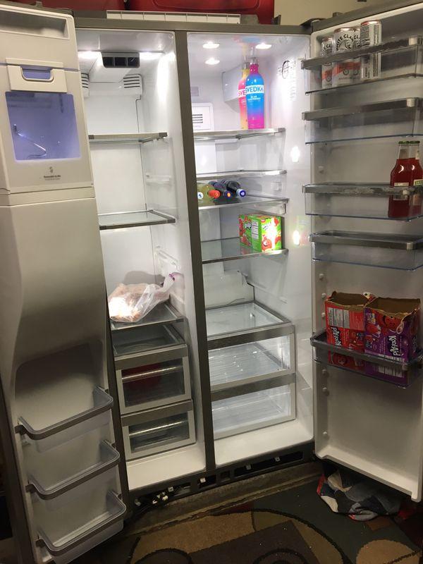 Kitchenaid fridge for Sale in Surprise, AZ - OfferUp