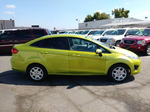 2013 Ford Fiesta for Sale in Garden Grove, CA - OfferUp