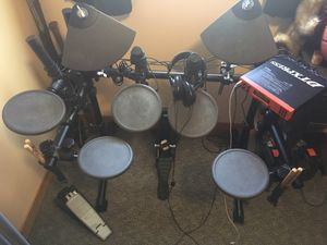 Photo Yamaha dtxpress electronic drum kit