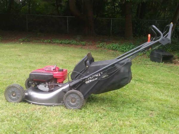 Honda HRC216 HXA Hydrostatic Commercial Lawn Mower (Home & Garden) in Granite Falls, WA - OfferUp